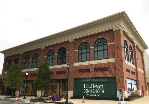 L.L.Bean store at Pike & Rose