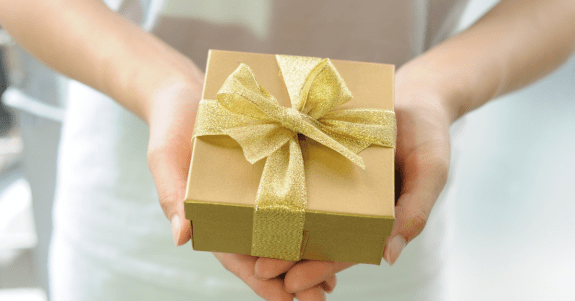 Specialty gifts in the Store Reporter Services Guide